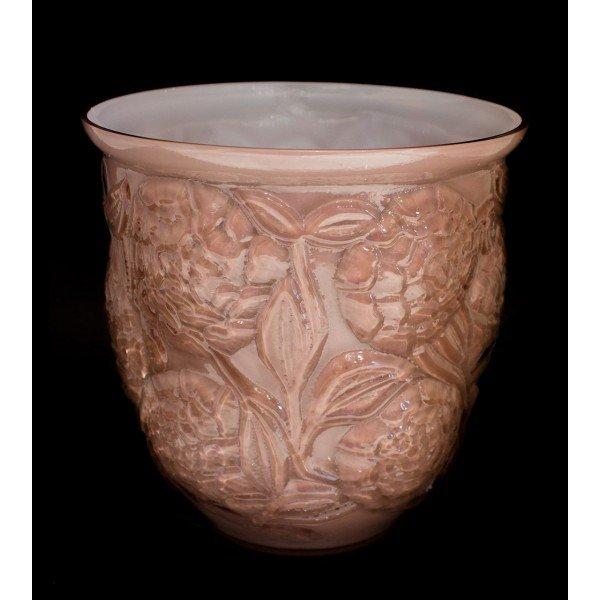 vaso de vidro em alto relevo flores cor rosa antigo leitoso 20877527 1 20181221164859